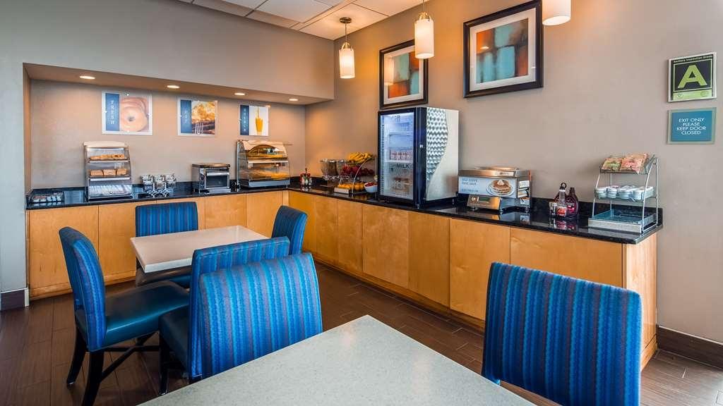 Best Western Hartford Hotel & Suites - Restaurant / Gastronomie