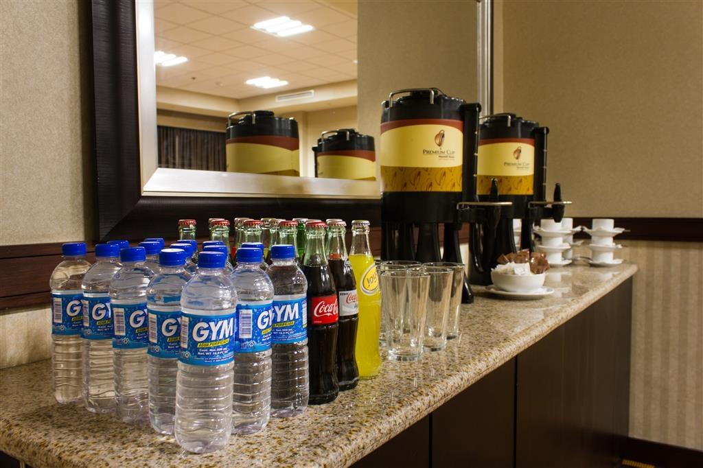 Best Western Premier Monterrey Aeropuerto - Sala de reuniones