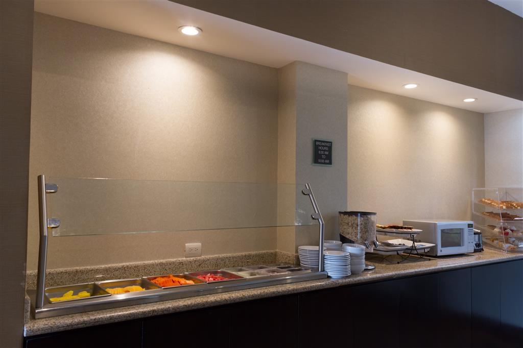 Best Western Premier Monterrey Aeropuerto - Restaurant / Gastronomie