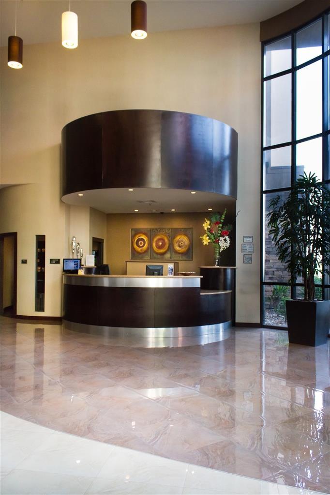 Best Western Premier Monterrey Aeropuerto - Lobbyansicht