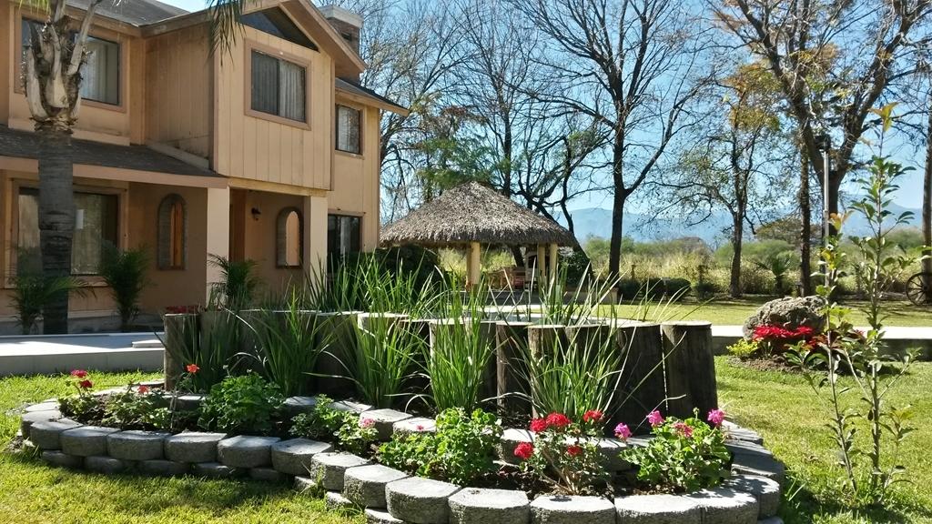 Best Western Bazarell Inn - Vista Exterior