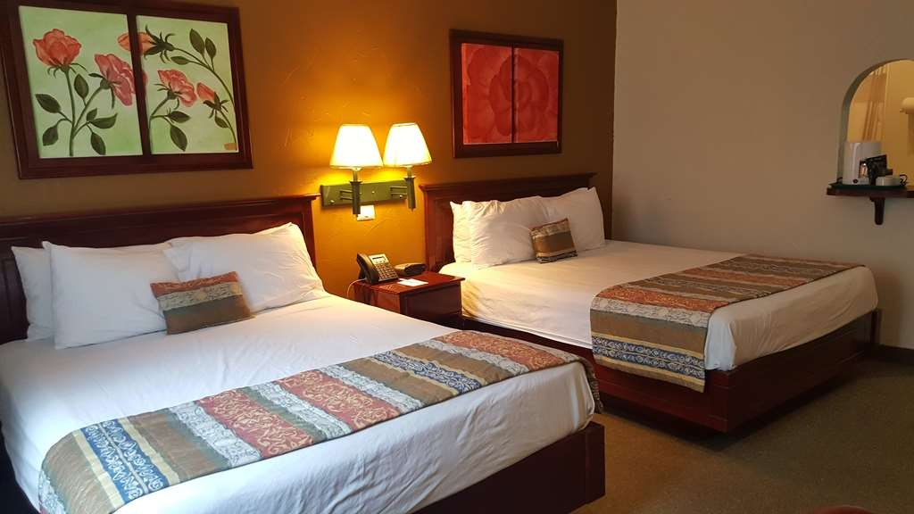 Best Western Bazarell Inn - Standard room with 2 queen beds