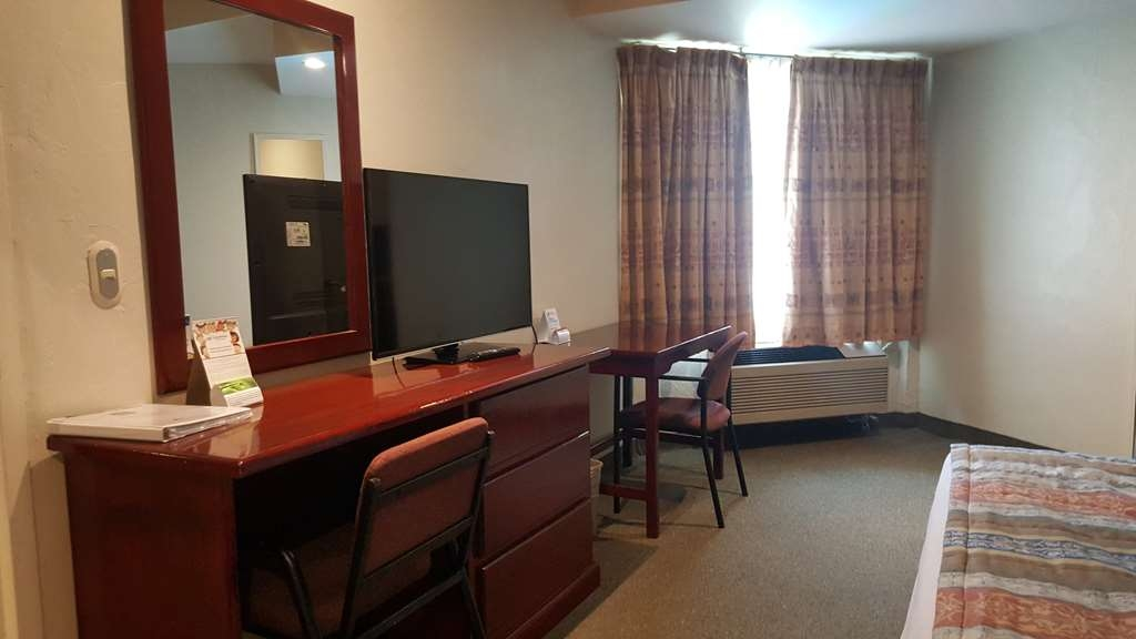 Best Western Bazarell Inn - Suite