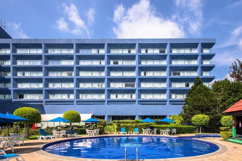 Best Western Plus Gran Hotel Morelia - Vista de la piscina