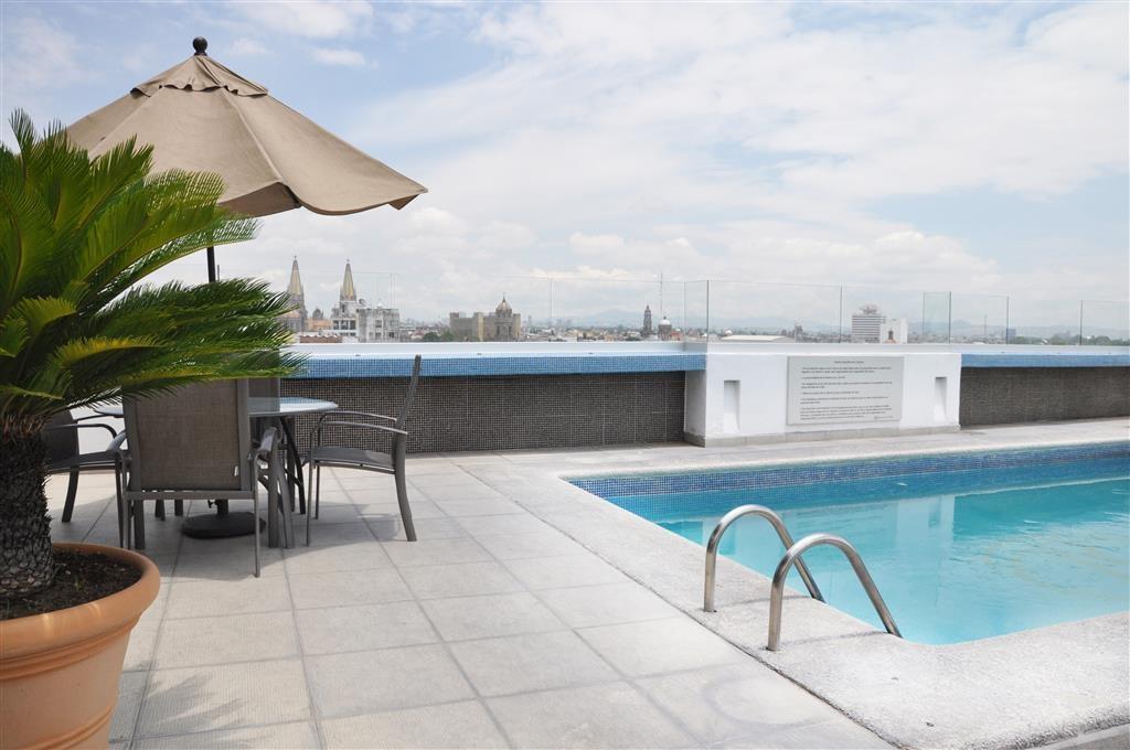 Best Western Plus Gran Hotel Centro Historico - Swimming Pool
