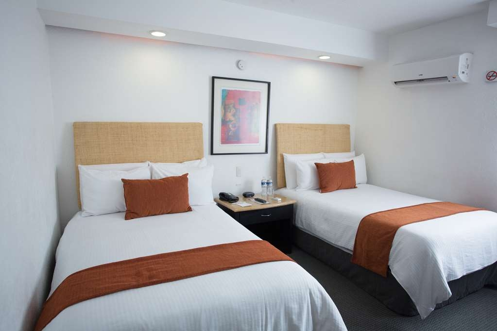 Best Western Plus Gran Hotel Centro Historico - Two Single Beds Guest Room