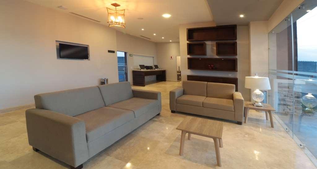 Best Western Plus Aeropuerto Monclova-Frontera - Vue du lobby