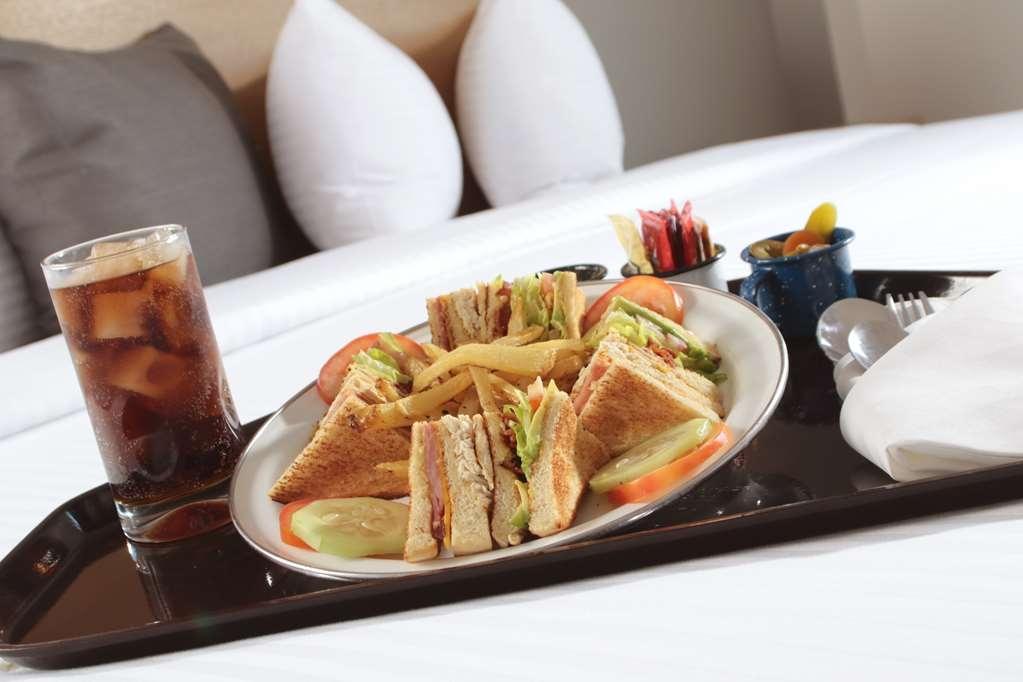 Best Western Plus Aeropuerto Monclova-Frontera - Restaurant / Gastronomie