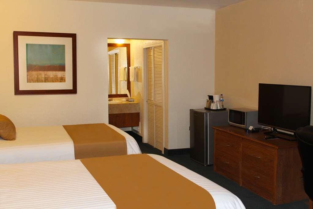 Best Western Cumbres Inn Cd. Cuauhtemoc - Habitaciones/Alojamientos