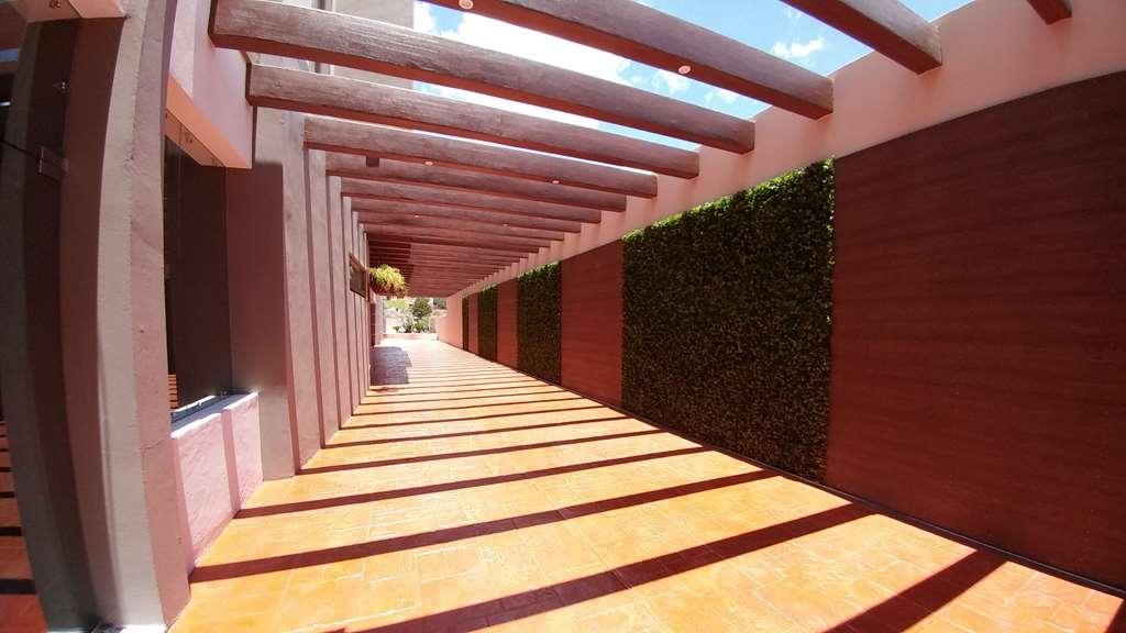 Best Western Plus Santa Cecilia Pachuca - Außenansicht