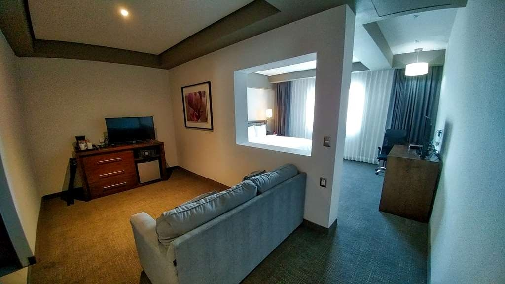 Best Western Plus Santa Cecilia Pachuca - Junior Suite with Sofabed and One King Size Bed