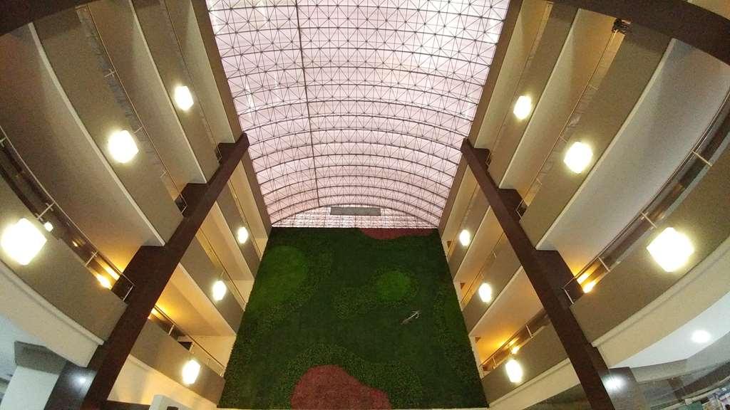 Best Western Plus Santa Cecilia Pachuca - Vue du lobby