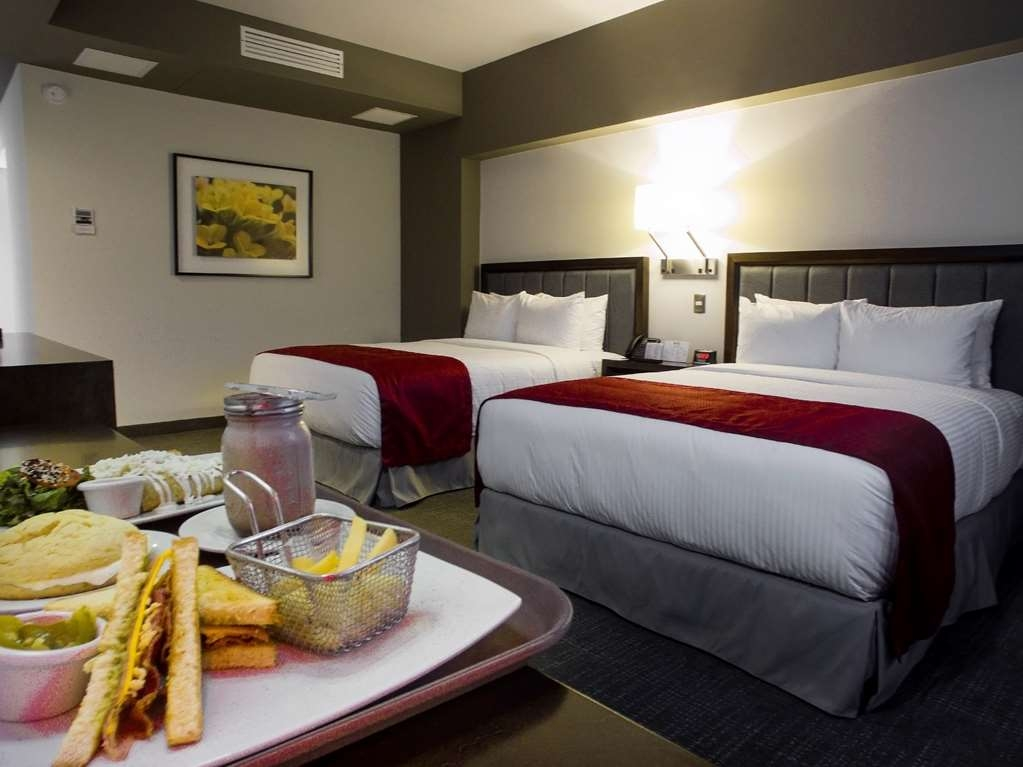 Best Western Plus Santa Cecilia Pachuca - Two Queen Size Beds Guest Room