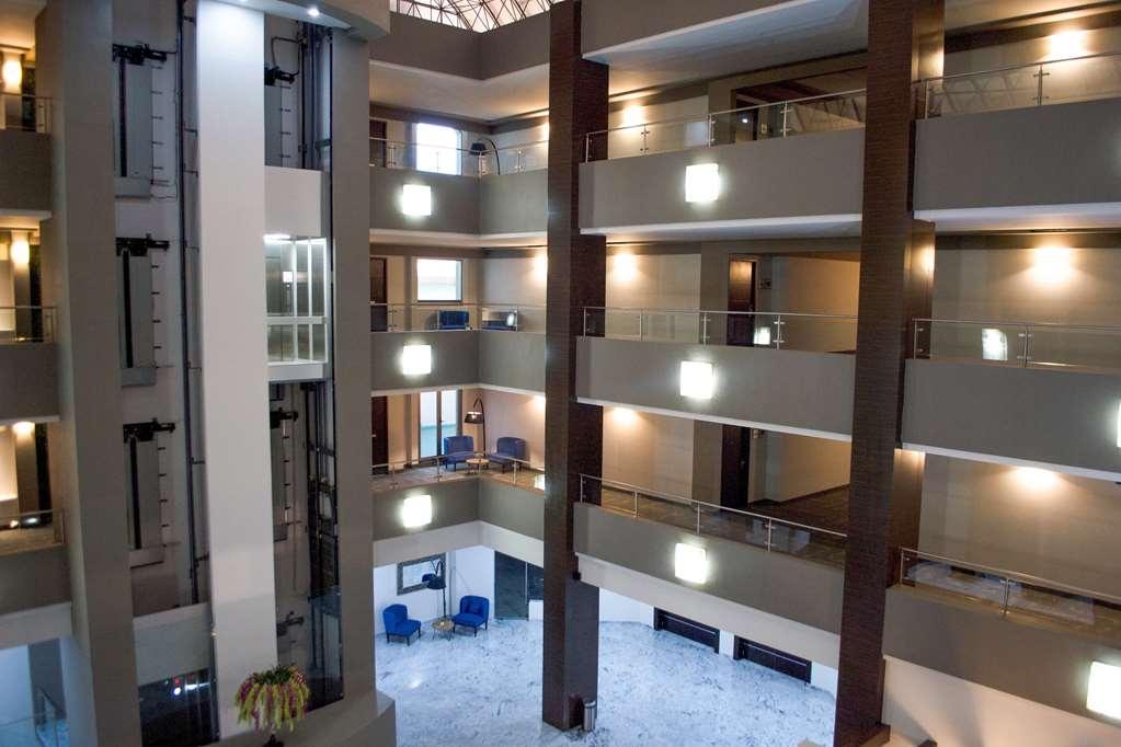 Best Western Plus Santa Cecilia Pachuca - lobby