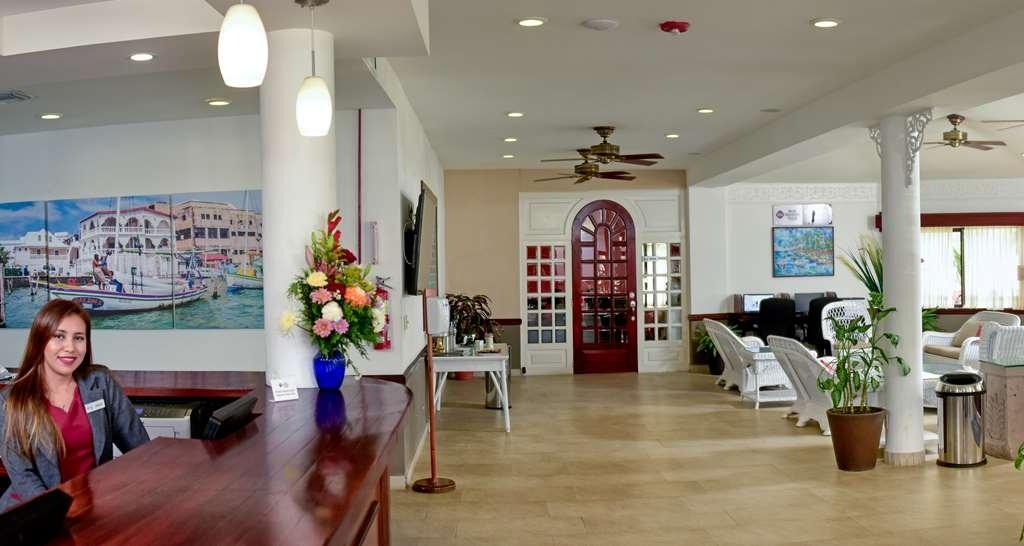 Best Western Plus Belize Biltmore Plaza - Front Desk