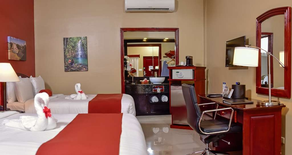 Best Western Plus Belize Biltmore Plaza - Deluxe Room