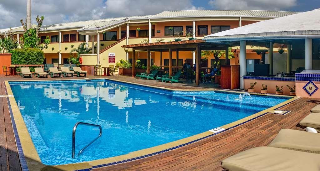 Best Western Plus Belize Biltmore Plaza - Vue de la piscine
