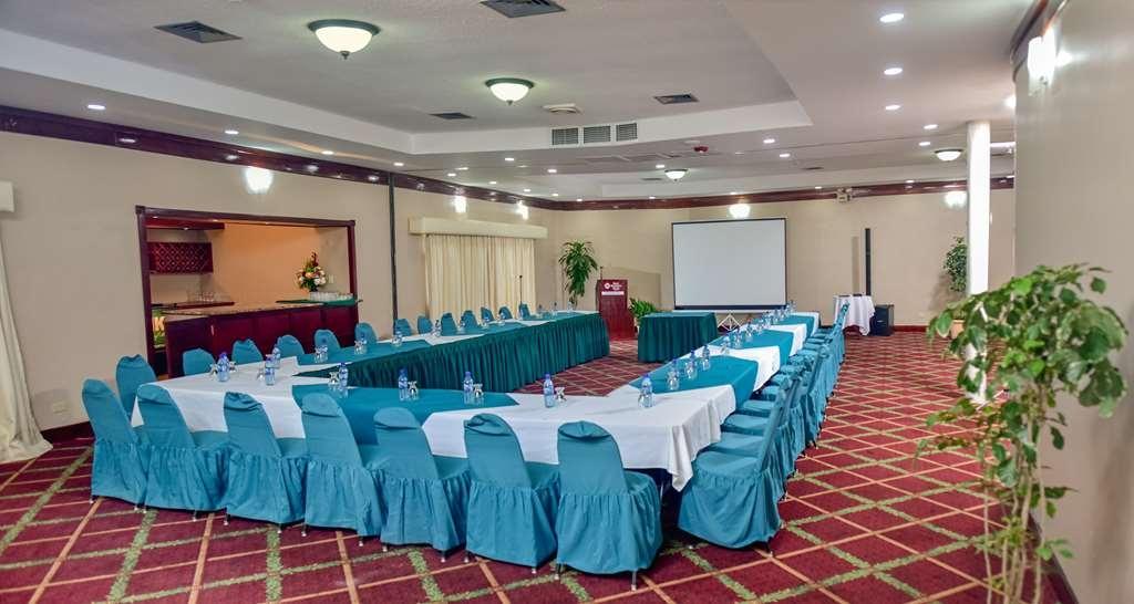 Best Western Plus Belize Biltmore Plaza - Hall Toucan Room