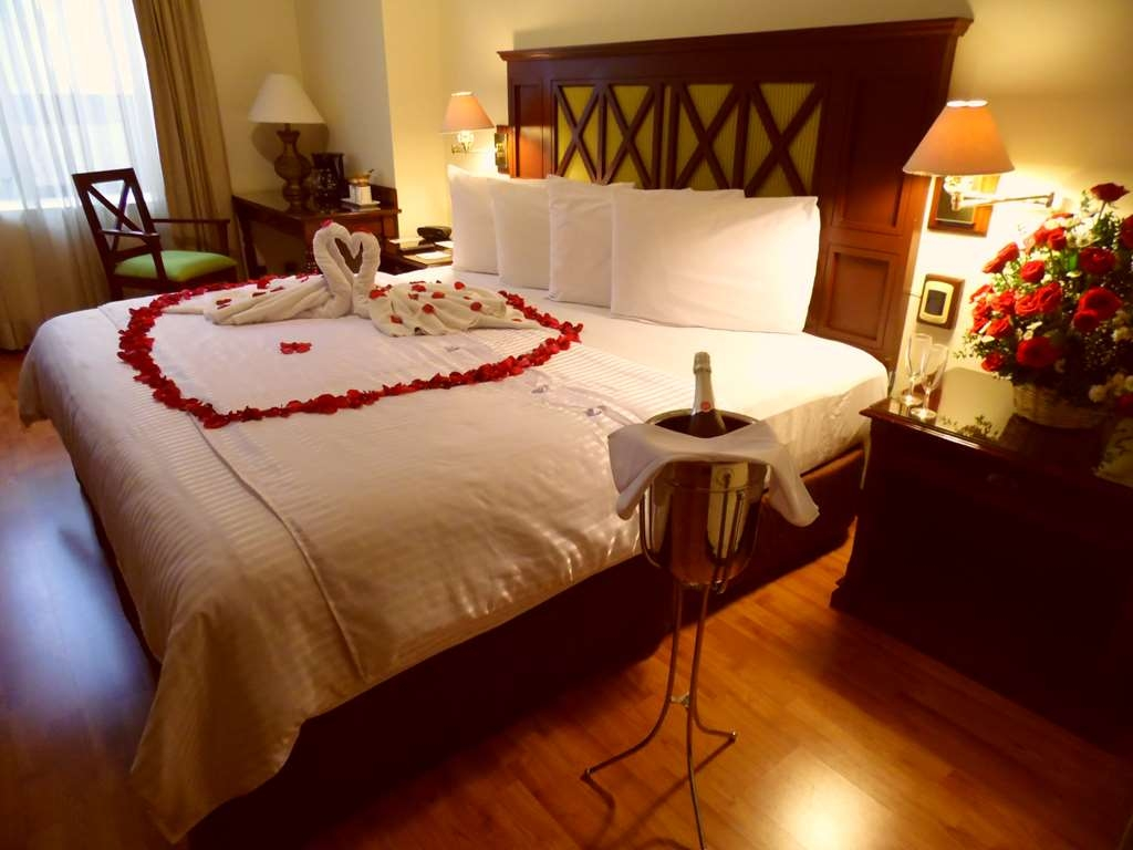 Best Western Plus Hotel Stofella - Room with king bed