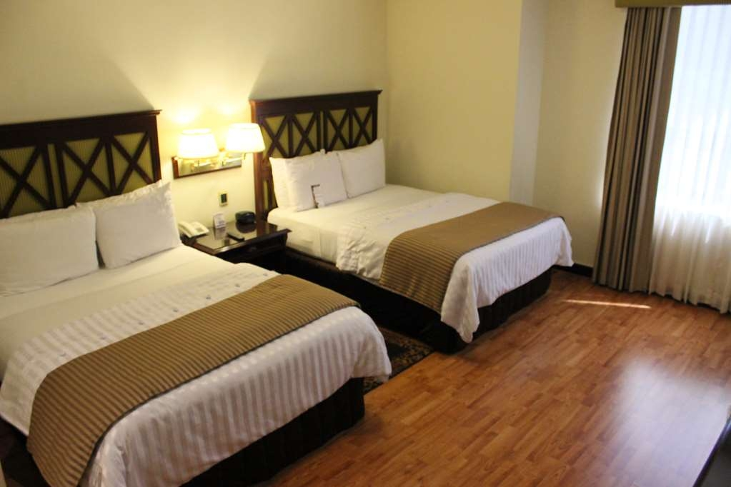 Best Western Plus Hotel Stofella - Room with one double bed