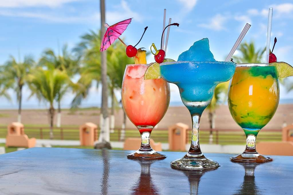 Best Western Jaco Beach All Inclusive Resort - Bar/Lounge
