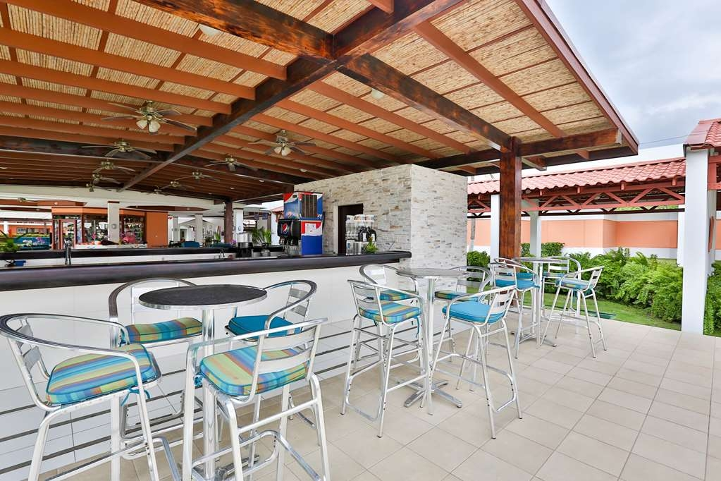 Best Western Jaco Beach All Inclusive Resort - Lobby Bar