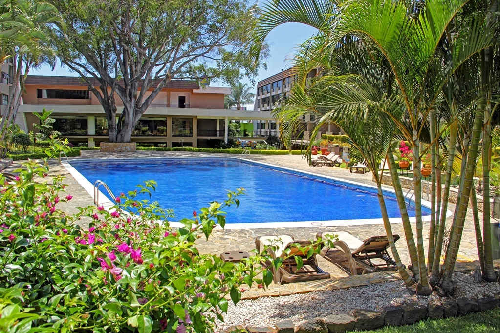 Best Western Irazu Hotel & Casino - Piscina Jardines at the Best Western Irazu Hotel & Casino in San Jose, Costa Rica