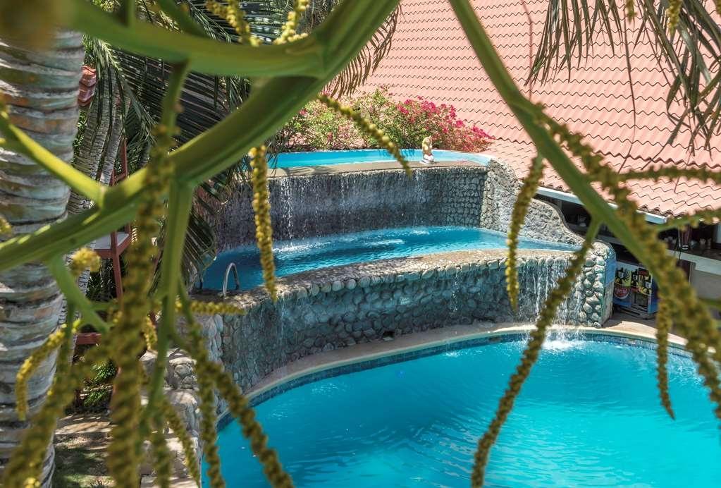 Best Western Tamarindo Vista Villas - Piscina