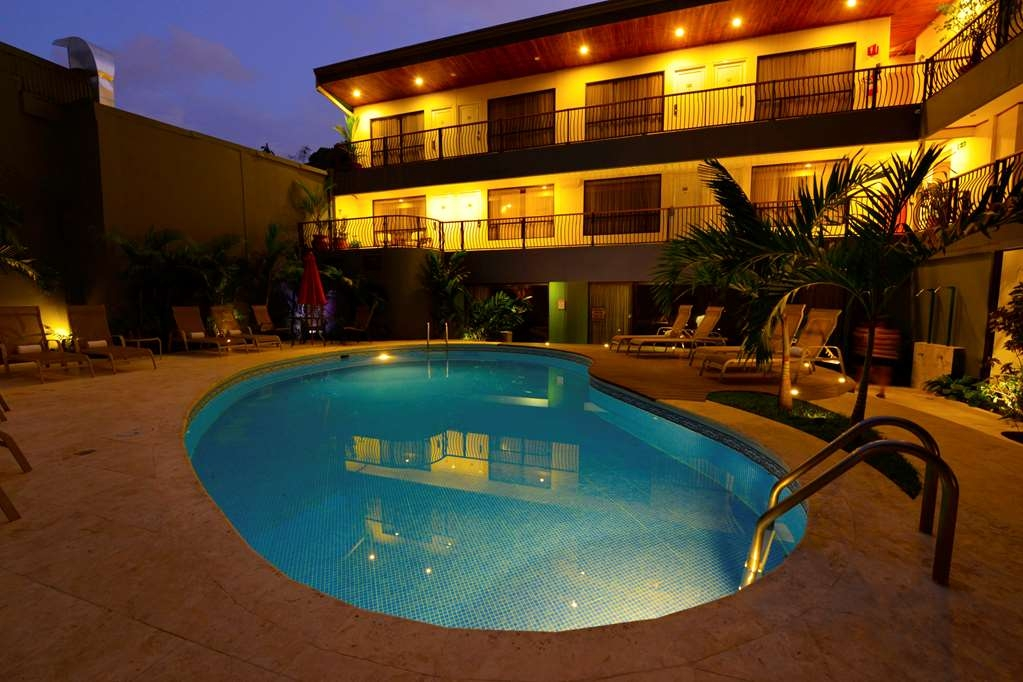 Best Western Hotel & Casino Kamuk - Facciata dell'albergo
