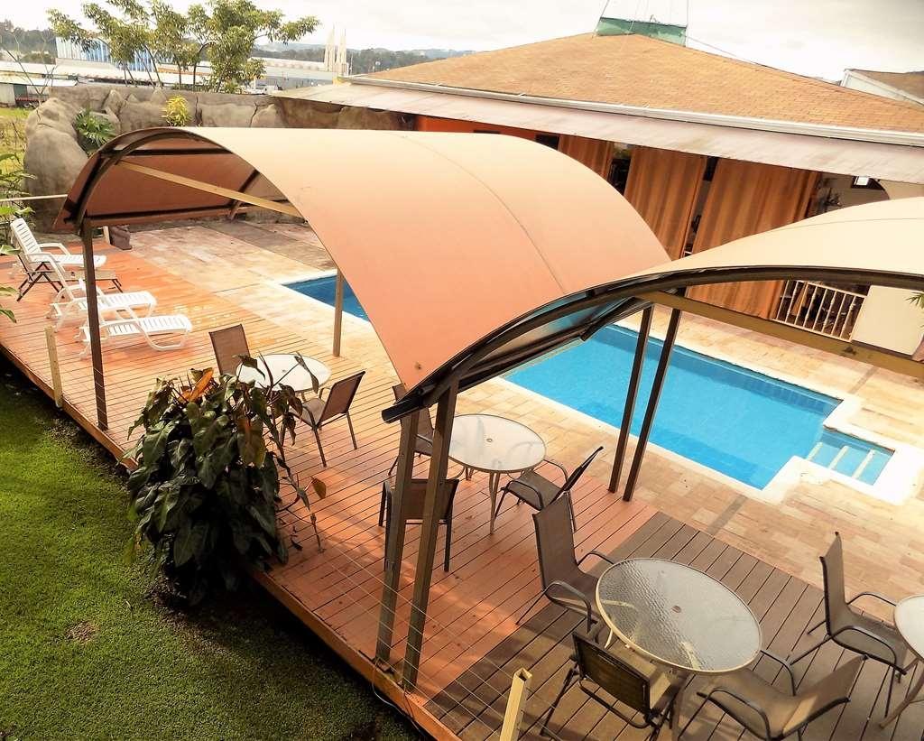 Best Western Hotel Zima - vista piscina balcon hotel zima