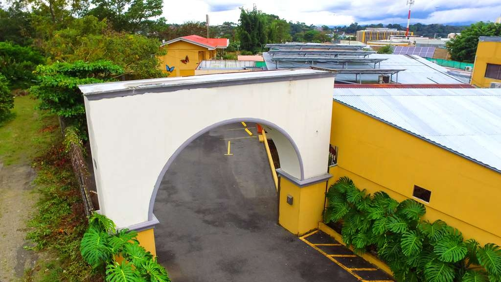 Best Western Hotel Zima - Entrada Principal copia