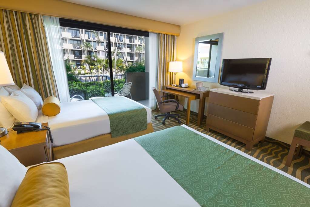 Best Western Plus San Jose - Two Double Beds, Balcony, Pool View