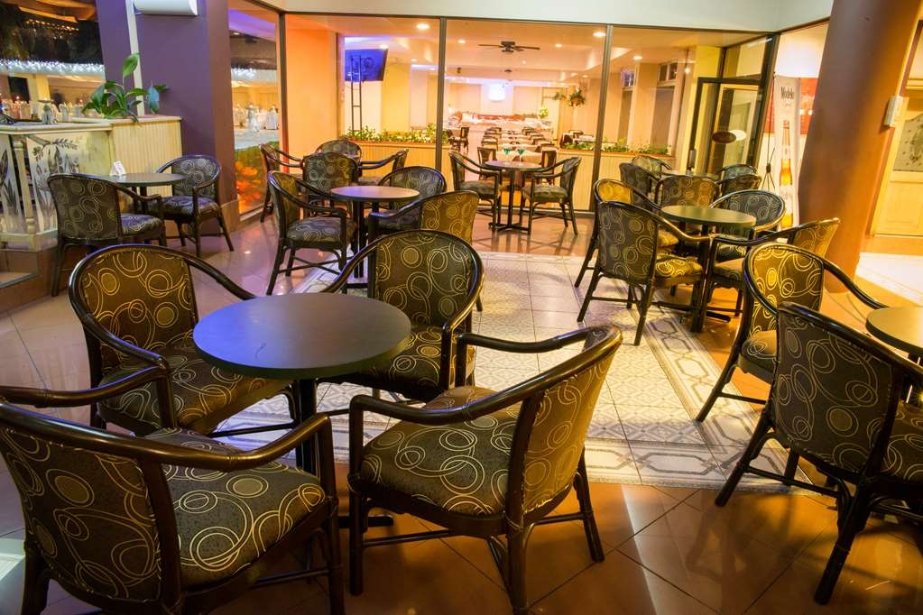Best Western Plus Hotel Terraza - Bar / Lounge