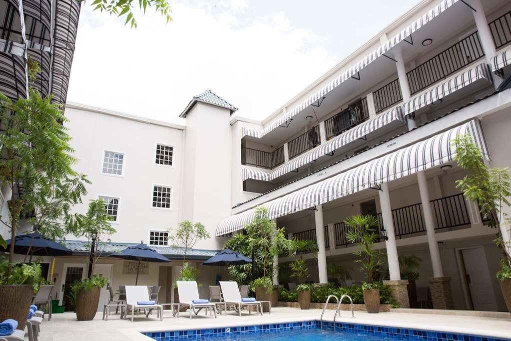 Best Western El Dorado Panama Hotel - Vue de la piscine