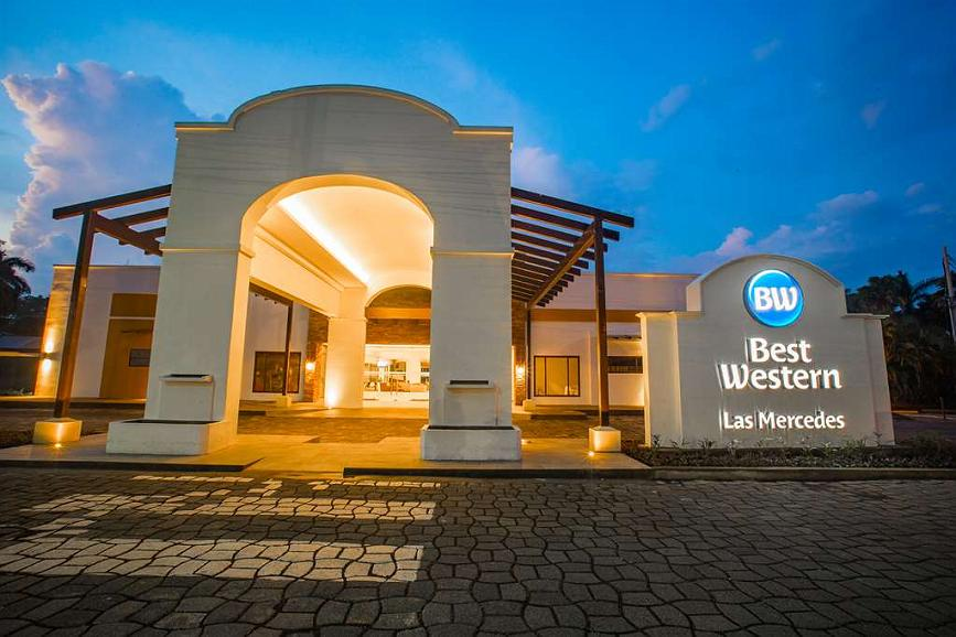 Best Western Las Mercedes Airport - Area esterna