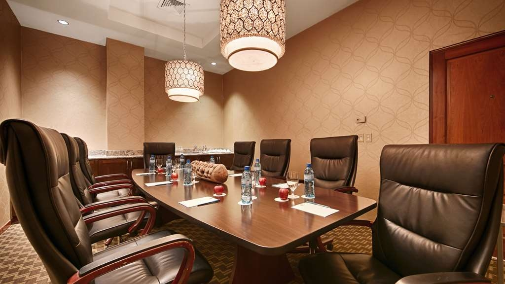 Best Western Premier Petion-Ville - Our professional staff is here to go above and beyond your expectations to ensure your meeting is perfect.
