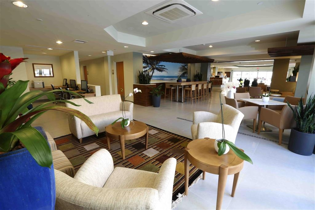 Best Western Plus Condado Palm Inn & Suites - Reception