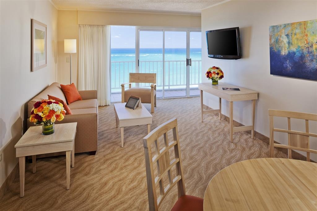 Best Western Plus Condado Palm Inn & Suites - Suite