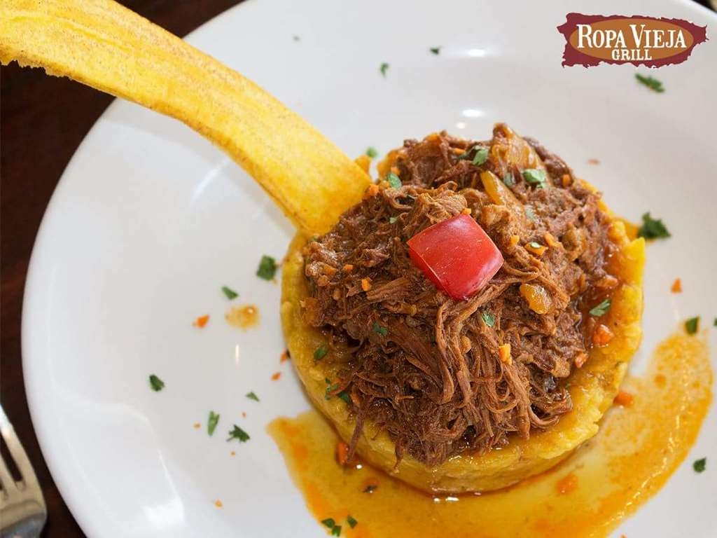 Best Western Plus Condado Palm Inn & Suites - Join us and enjoy a perfect fusion of Cuban and Purtorrican cuisine.