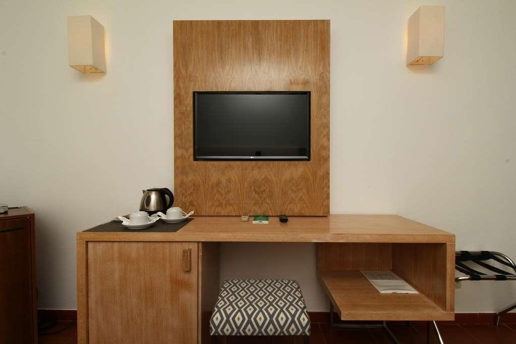 Best Western Hotel Dom Bernardo - Chambre d'agrément