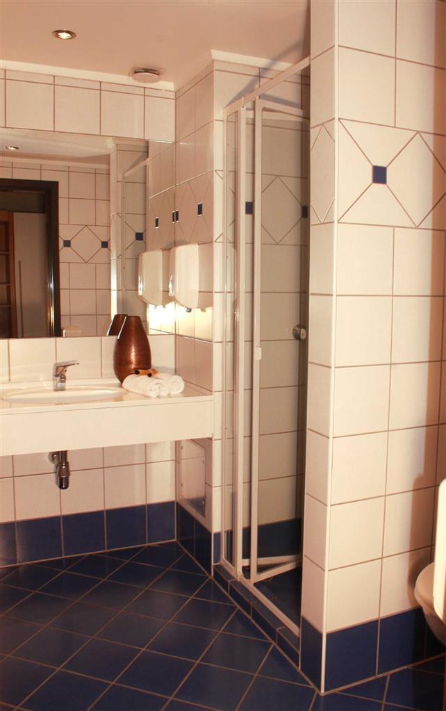 Best Western Plus Gyldenlove Hotell - Gästebad