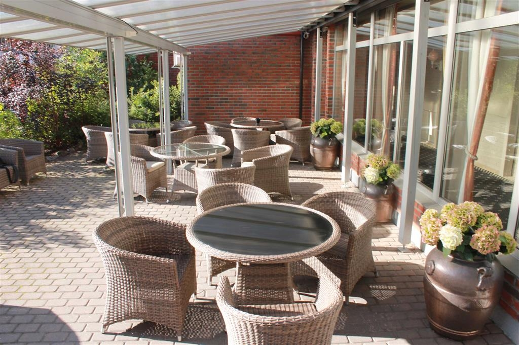 Best Western Plus Gyldenlove Hotell - Exterior Patio
