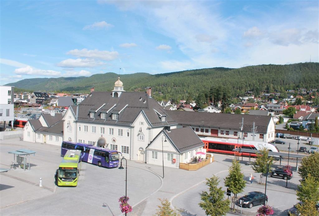 Best Western Plus Gyldenlove Hotell - The hotel is situated next to the bus-/and railway station