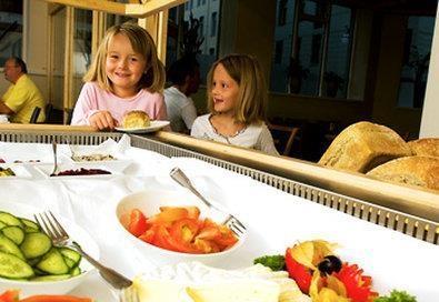 Best Western Plus Hotell Hordaheimen - Bufé de desayuno