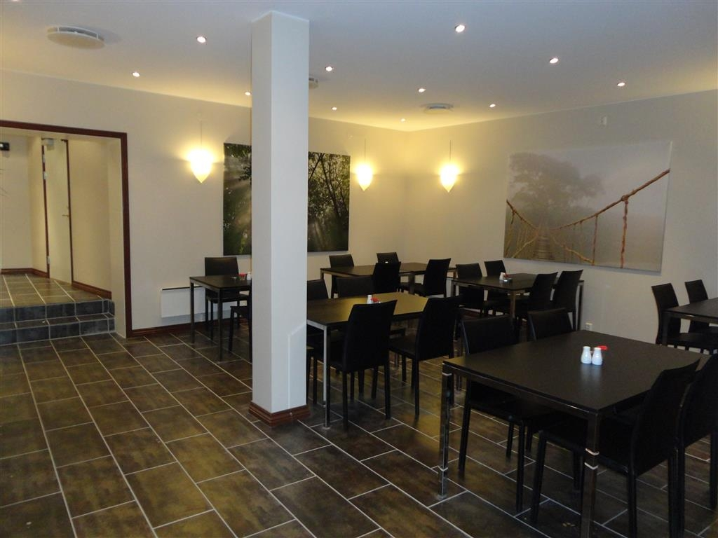 Best Western Chesterfield Hotel - Breakfast Area
