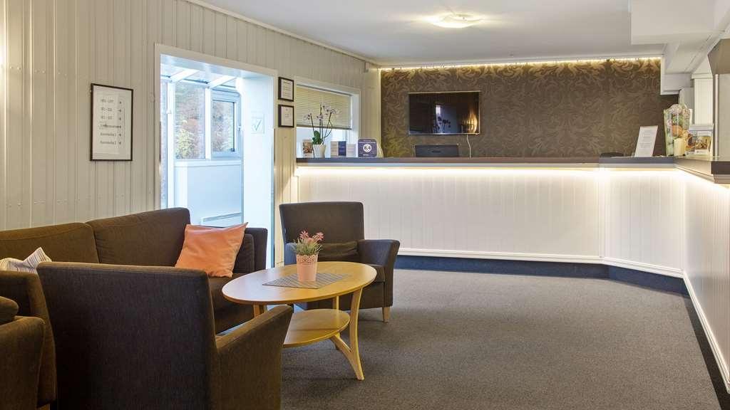 Best Western Tingvold Park Hotel - Vista del vestíbulo