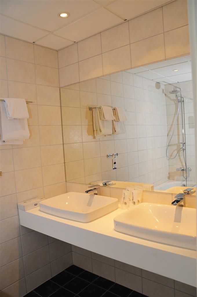 Best Western LetoHallen Hotel - Bagno della suite