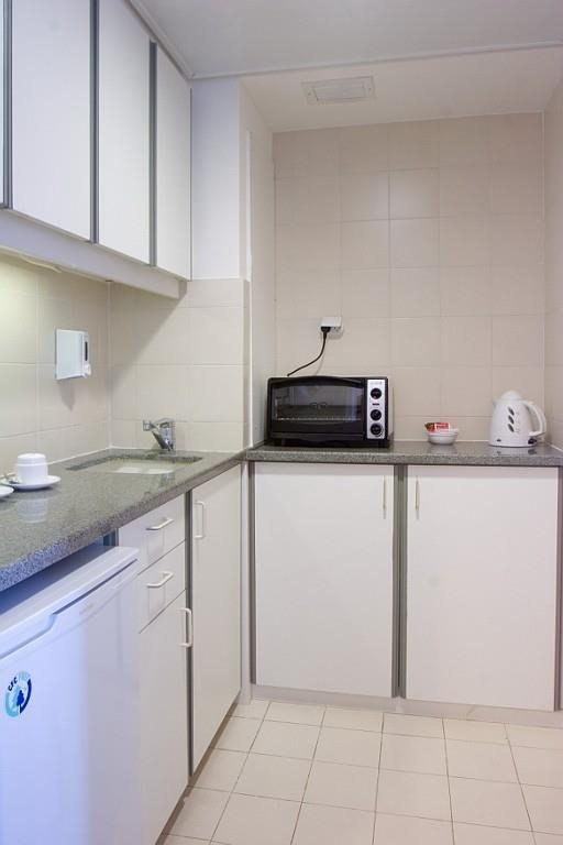 Best Western Regency Suites - Executive One Bedroom Suite with Kitchenette