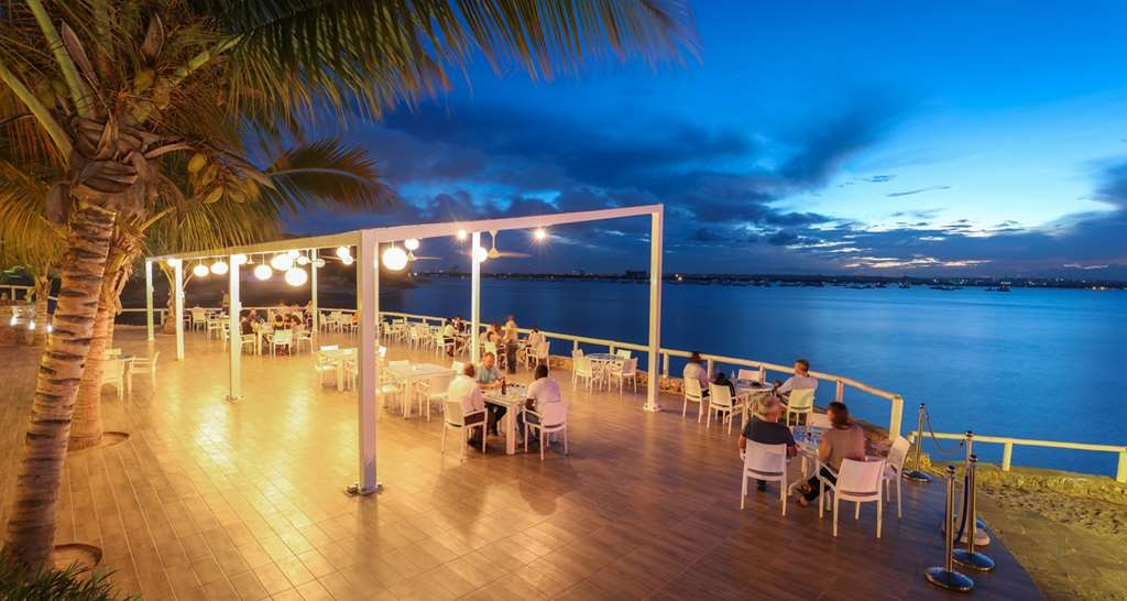 Best Western Coral Beach Hotel - Restaurant / Etablissement gastronomique