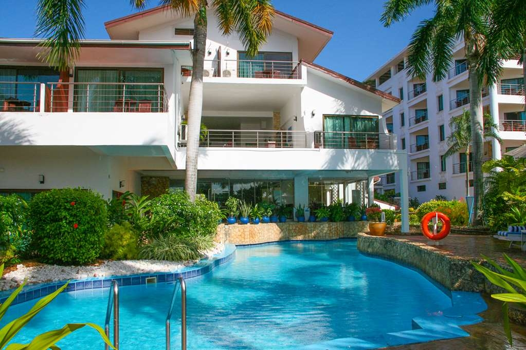 Best Western Coral Beach Hotel - Swimming Pool